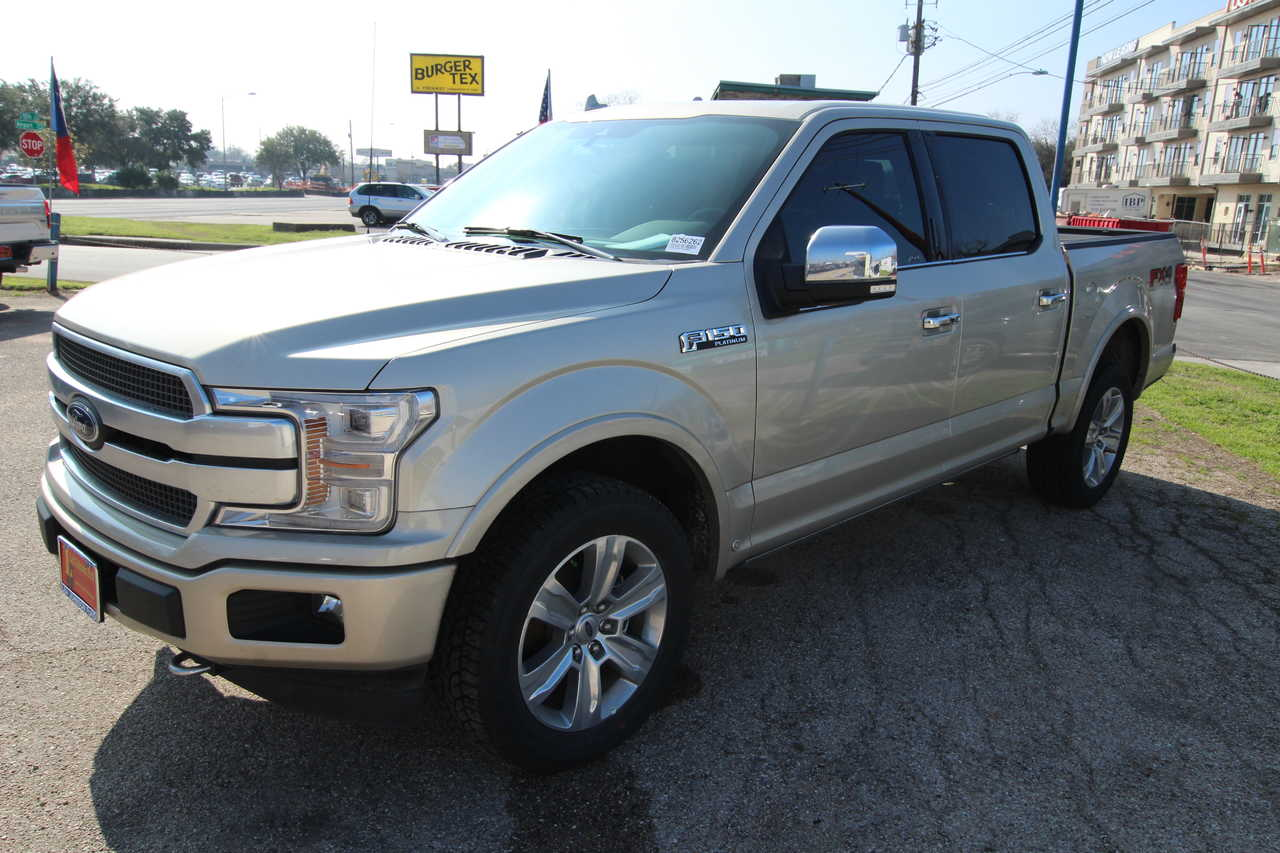 New 2018 Ford F-150 SuperCrew 5.5' Box Platinum